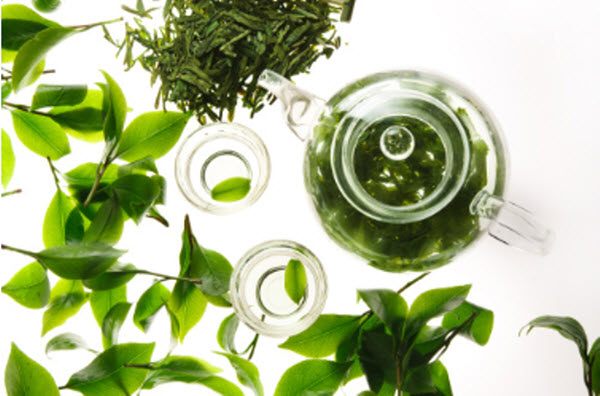 5つの植物エキスと4種の保湿成分もたっぷり!