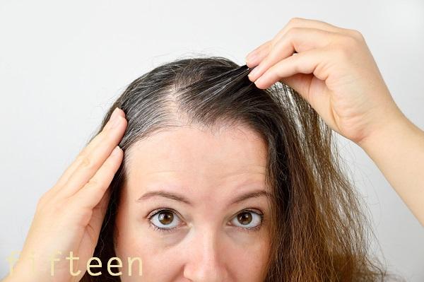 白髪の原因と対策・対処法まとめ!効果的な白髪の治し方とは!?