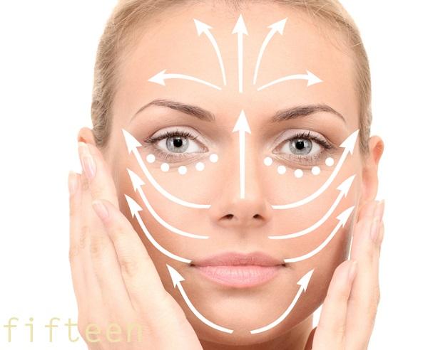 顔のしわに効くマッサージ方法